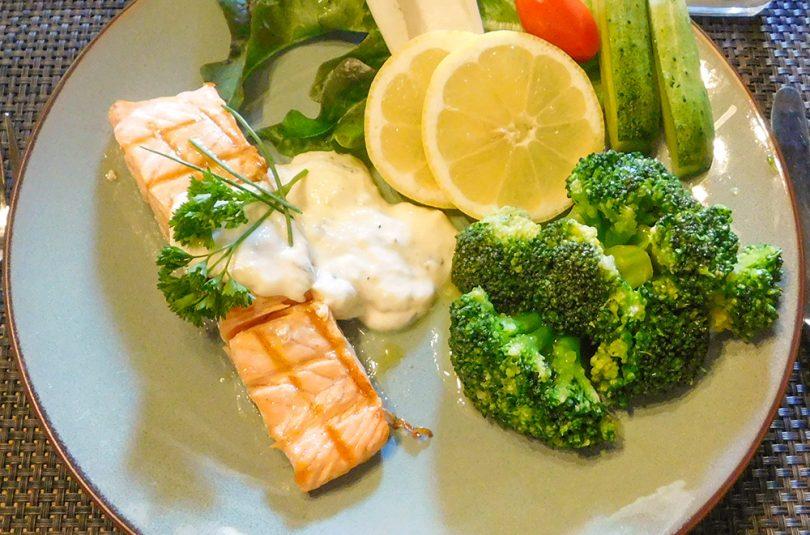 Zalm met Broccoli en Romige Citroen Saus