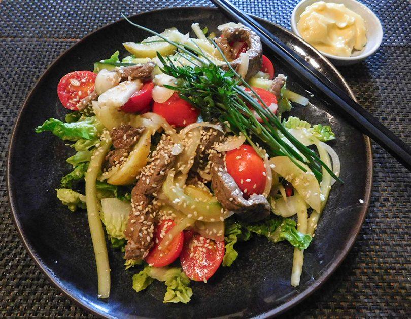 Oosterse Varkens Salade