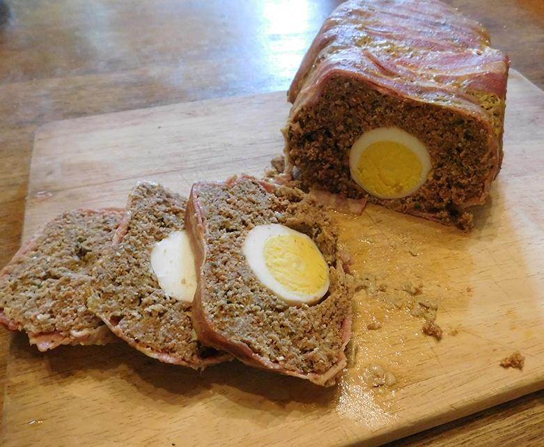 Gehakt met Verscholen Eieren