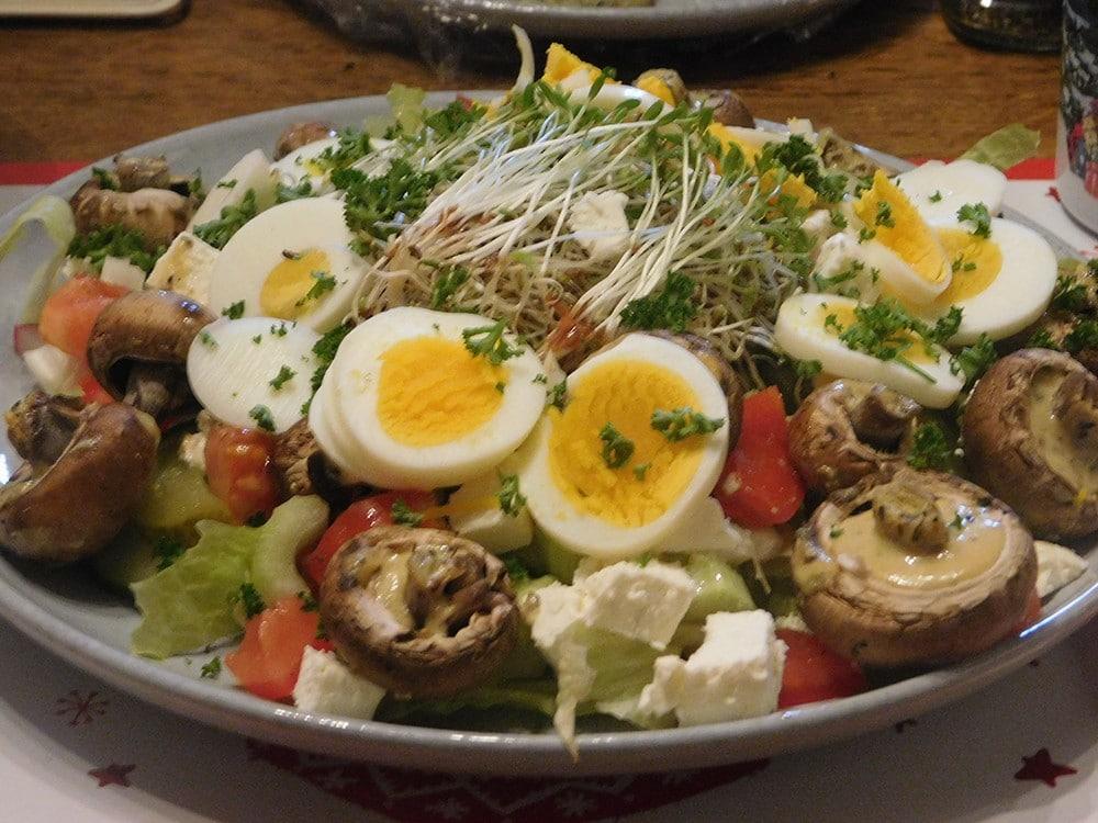 Salade met Gemarineerde Champignons en Feta